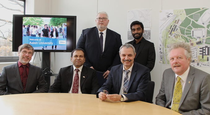 The Consul General Sugandh Rajaram (2nd from the left) visited Aalen University and met with Prof. Dr. Jürgen Trost, Pascal Cromm from the International Relations Office, Rector Prof. Dr. Gerhard Schneider, Vibunanthan Muralidharan and Prof. Dr. Achim Frick (from left to right).