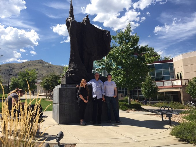 Professor Dr. Harro Heilmann together with Franziska Steidle and Aidan, an acquaintance of Professor Heilmann, at the campus of Colorado School of Mines.
